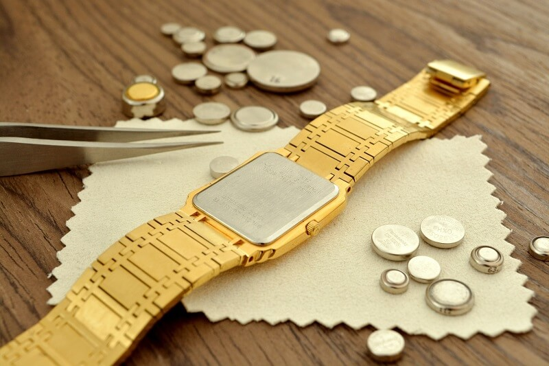 repair the watch